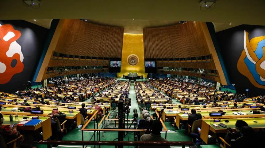 Bolsonaro choca o mundo ao mentir em Assembleia da ONU